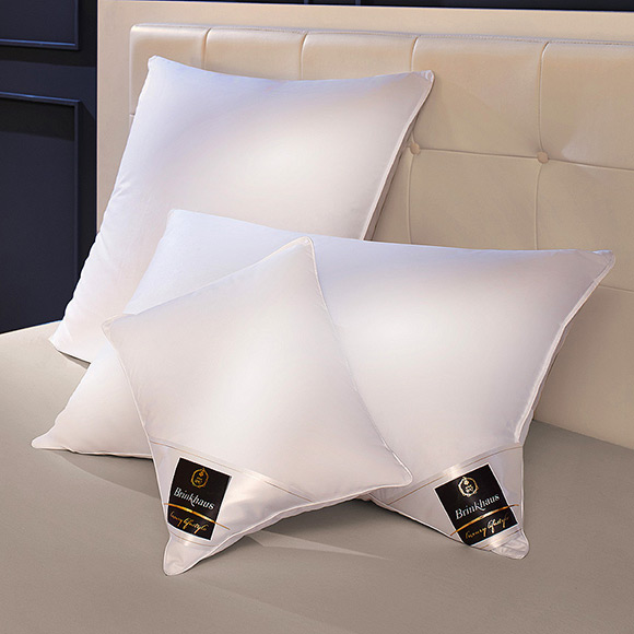 Brinkhaus The Chalet Side Sleeper Pillow